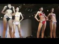 美女纽约比基尼时装表演【奇特视频】