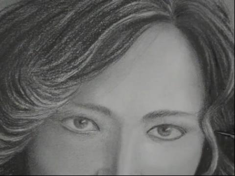 手绘画教程-如何画卷发美女