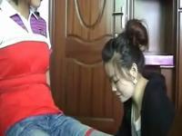 视频标签:猥琐色狼偷摸美女性骚扰