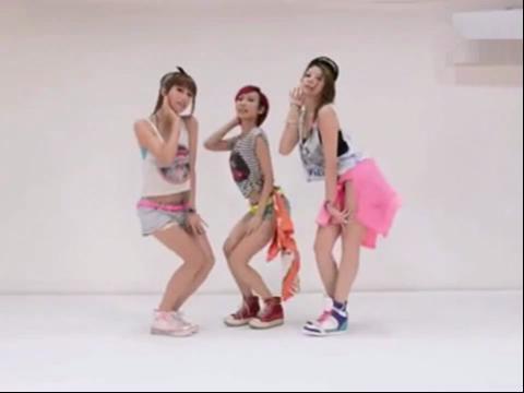 香港美女团演绎性感爵士舞