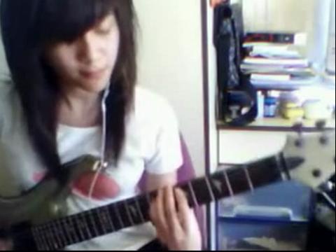 吉他弹唱 不结婚就是耍流氓 美女弹唱
