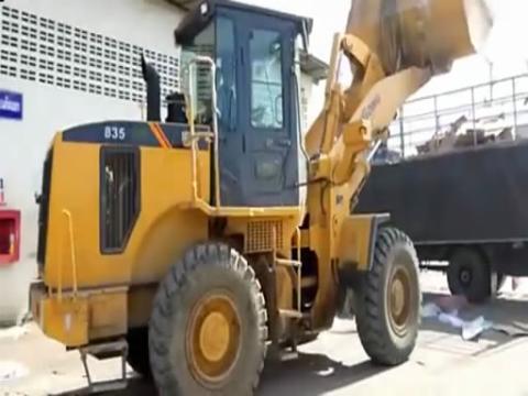 挖掘机视频表演