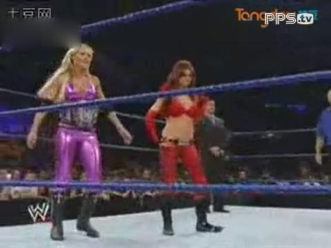 wwe女子撕衣 重装革命摔角视频