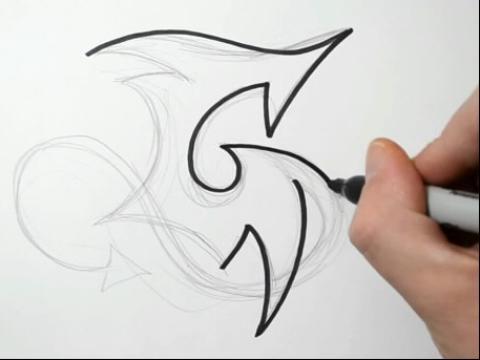 大写字母g纹身 学画画