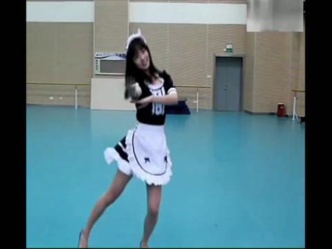 粉红大学生美女游乐园欢乐舞蹈