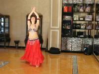 视频简介:可爱性感美女美脚热舞