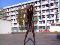 黑高跟黑丝袜美女性感热舞