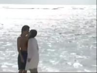 俊男美女激情吻戏 电影