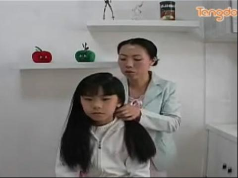 流行儿童发型绑扎方法
