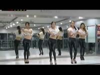 黑色紧身裤长腿美女爵士舞