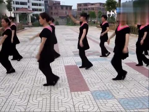 沙地广场舞 印度美女