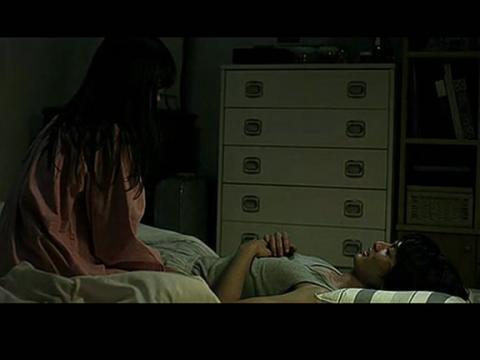 白夜行吻戏床戏