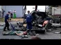 车祸的惨痛视频