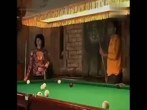 美女胸器打桌球 你让男人看哪个球啊 480