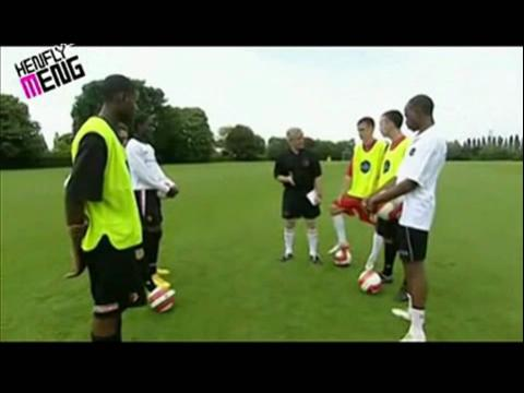 足球教学视频1脚内侧踢传球技术