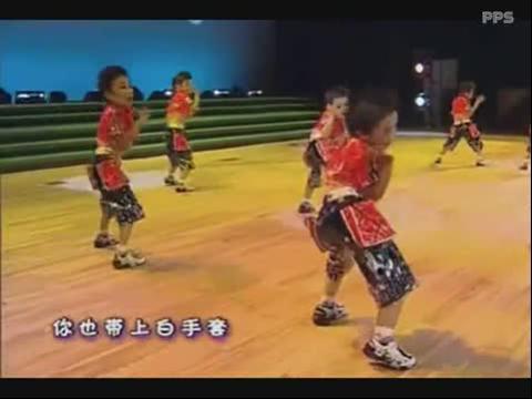 幼儿舞蹈比赛视频《嗨