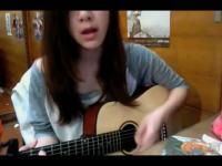 美女吉他弹唱justin
