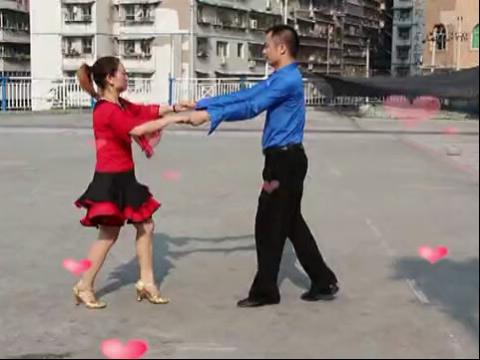 动动广场舞 女人是