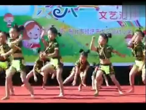 六一儿童节幼儿舞蹈 现代舞表演
