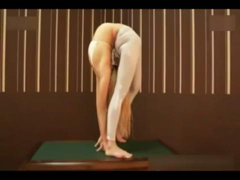 美女柔术高清视频