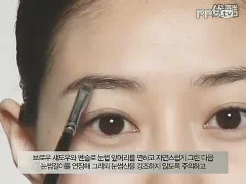韩式清新裸妆化妆步骤图解_表情大全