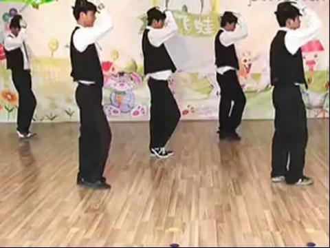 幼儿园舞蹈《快乐的小青蛙》爵士舞蹈教学视频.mp4