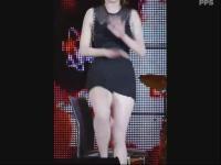 120226韩国人气美女组合 巧克力性感椅子舞