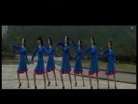 张春丽广场舞草原的月亮外景版