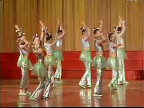 儿童舞蹈视频《花开星辰花满园》少儿幼儿舞蹈大全