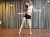 超短裤 长腿美女性感热舞