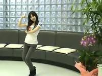 紧身裤日本美女热舞