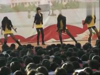 台湾车展模特美女热舞