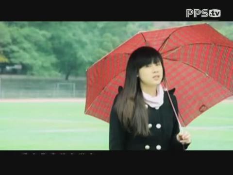 台湾美女大学生黄雯馨翻唱南拳妈妈《下雨天》