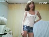 正在播放韩国美女热舞自拍