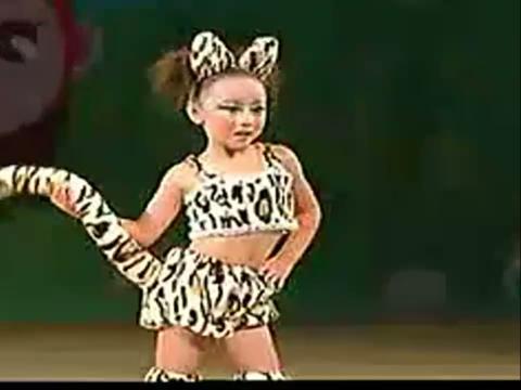 儿童舞蹈 - 波斯猫 - 在线观看