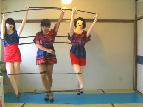 美女自拍三人傀儡舞