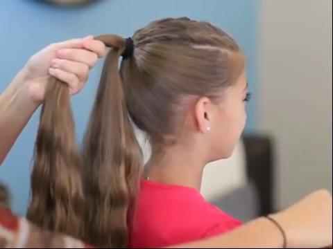 创意蕾花发髻 发型教程