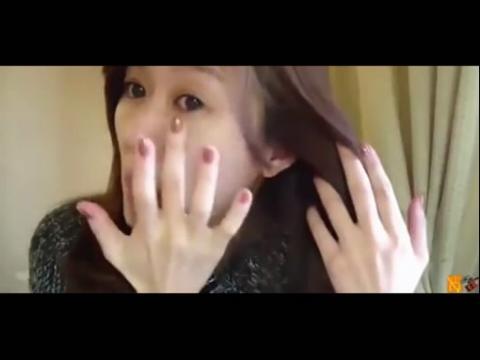 美女化妆后分手感人视频