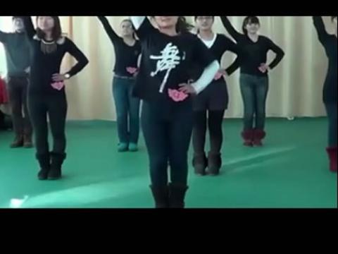 幼儿舞蹈视频 牛奶歌