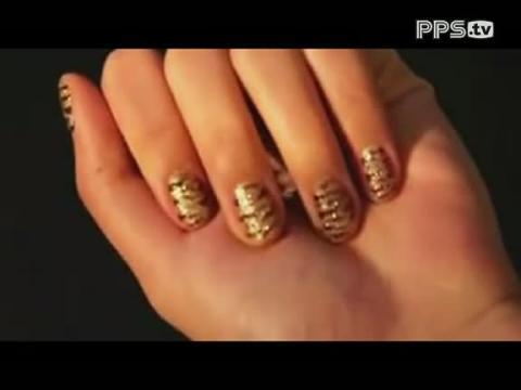 动物花纹金色指甲图案