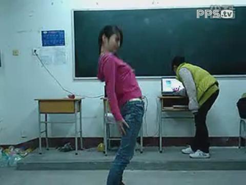 我们班的跳舞美女
