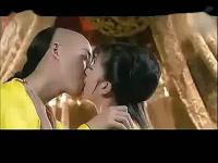 电影《出轨的女人》吻戏床戏片段