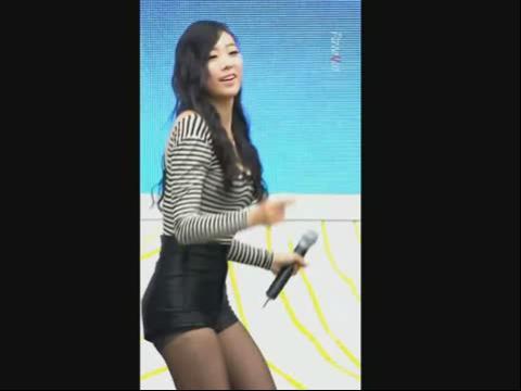韩国美女组合热舞brave