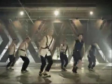 玟星挑战EXO 咆哮 Growl 舞蹈视频