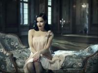 视频标签:女性写真美女时尚