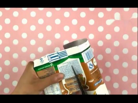 diy废物利用:如何用牛奶盒制作简易杯垫
