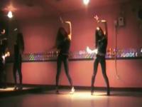 韩国诱惑美女热舞 在线观看