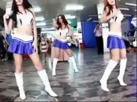 韩国美女热舞:美女主播