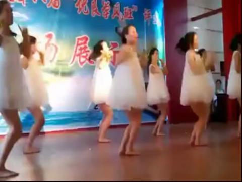 儿童舞蹈视频高清 拨浪鼓