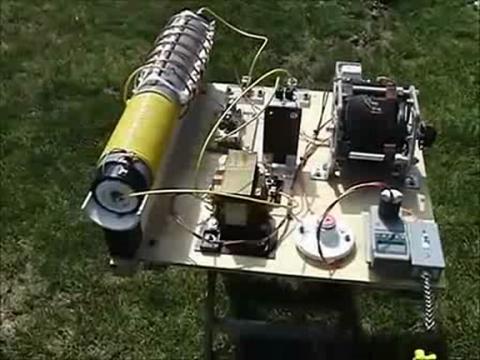 免费能源发电机试机附带设计图纸和样机
